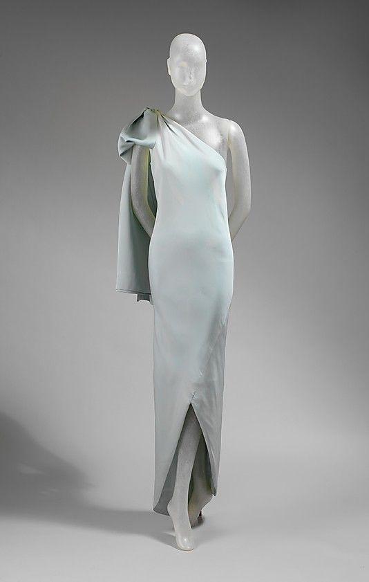 Evening dress House of Balenciaga (French, founded 1937) Designer: Cristobal Balenciaga (Spanish, Guetaria, San Sebastian 1895–1972 Javea) Date: 1965 Culture: French Medium: silk