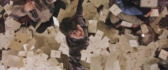 A ideia é mostrar como um smartphone poderia mudar completamente história da vida de Harry.