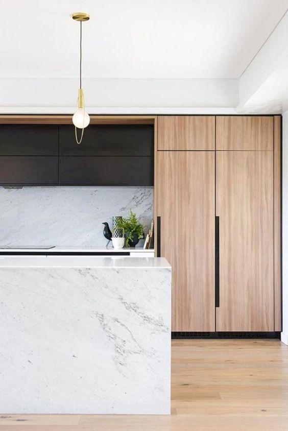 95+ Astonishing White Kitchen Design and Decor Ideas #kitchendesign #kitchendecor #kitchenremodel #modernkitchen