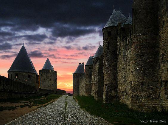 The walls of medieval city-castle Сarcassonne, Languedoc, France. www.victortravelblog.com/2013/04/30/cite-de-carcassonne/