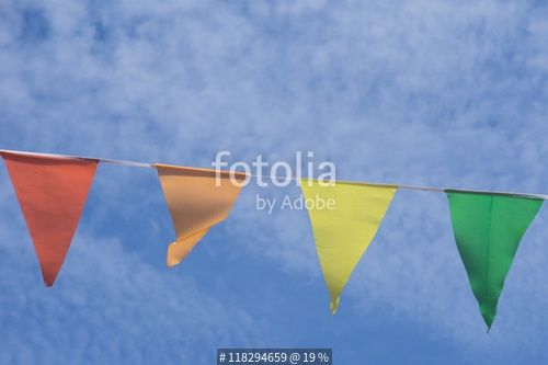 """Holiday, Party Flags Garland. Blue Summer Sky."" Stockfoto's en Rechtenvrije…"