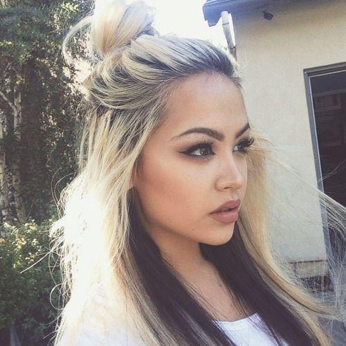 Top Half Blonde Bottom Half Black Hair Google Search Hair Styles Long Hair Styles Long Blonde Hair
