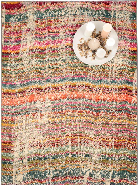Wir lieben den Vintage-Look! Teppich Liguria von benuta besticht mit seinem Design, dass trotzdem noch leuchtende Farben zulässt.