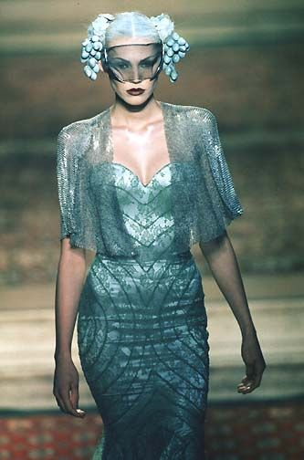 1997-98 - Mc Queen 4 Givenchy Couture show .repinned by www.lecastingparisien.com