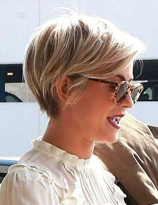Explore Gallery Of Julianne Hough Pixie Haircuts 18 Of 20 Short Spiky Hairstyles Short Hair Styles Pixie Long Pixie Hairstyles