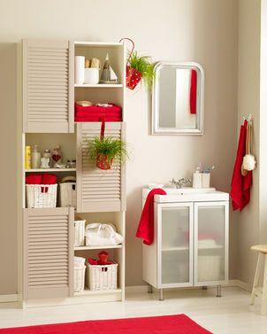 Genialer IKEA Hacke: Billy kann ein Badrehal sein. Unser DIY zeigt, wie man das Regal umbaut.