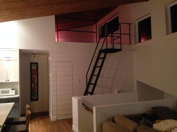 Chelle pour la mezzanine design pinterest loft interior design sleepi - Echelle mezzanine bois ...