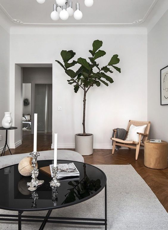 Minimal living room decor - via Coco Lapine Design blog