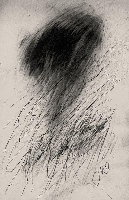 jakevl moi : «je trace des petites lignes/dans le bas de la feuille/ tout gronde/ (poussière?)