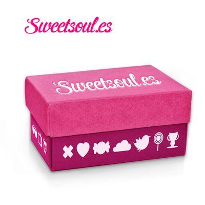 http://www.luisan.net/diseno-grafico/imagenes-diseno-packaging/diseno-packaging-caja-sweetsoul.jpg