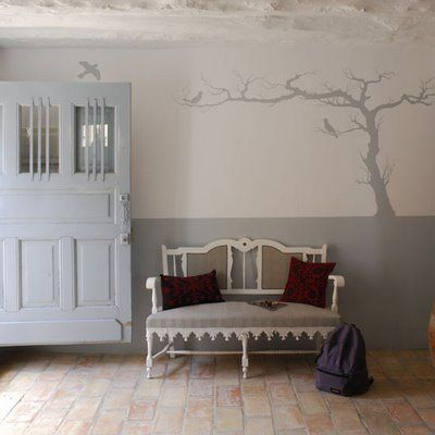 What a cool painting idea for a room!