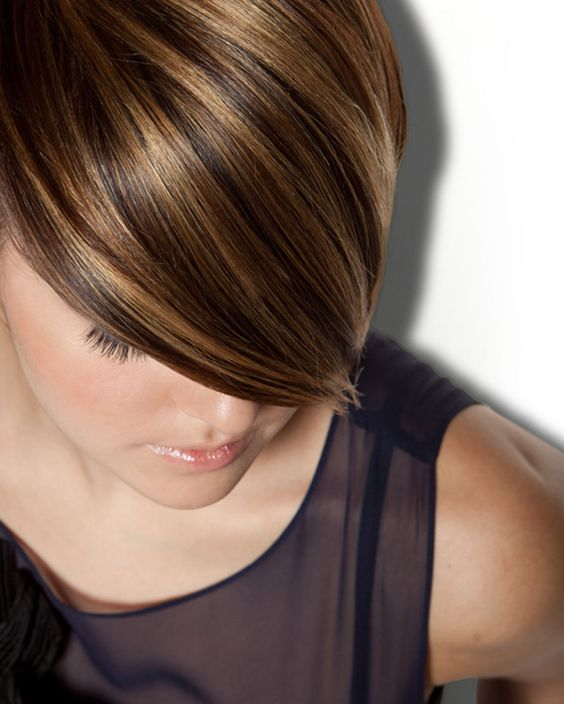 I'm thinking I will forever be too chicken to dye my hair. But, this is a beautiful high/low light combo.