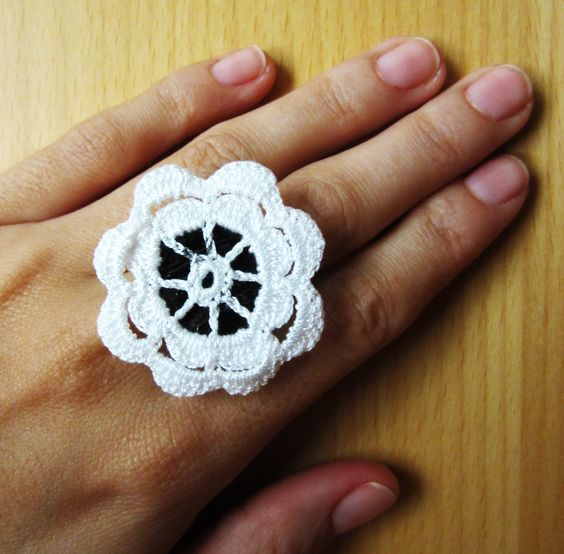 Fru handmade ring