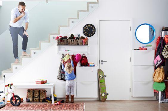 hall d 39 entr e avec banc sigurd rangement chaussures trones et portemanteau tjusig pour ranger. Black Bedroom Furniture Sets. Home Design Ideas
