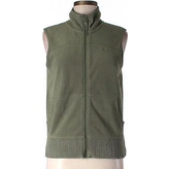 Old Navy Active Green Vest An olive green vest with felt feel. Two front pockets, front zipper, and high neck. Listed as small but fits more like a medium. Comfortable and lightly worn. Old Navy Jackets & Coats Vests