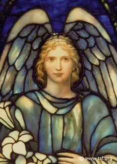 A veces necesitamos crear un milagro en nuestras vidas. Puede ser amor, salud, ser madre, trabajo, dinero. Esta oración es muy poderosa si se dice con amor y sin miedo desde el corazón sabiendo que nuestras peticiones siempre son escuchadas. San Gabriel Arcángel, bendito ser de luz, gloriosísimo ángel de la paz y la esperanza,…
