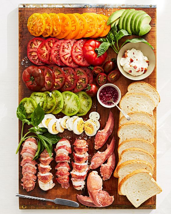 Perfect Picnic Recipes for Your Next Gathering in the Backyard or Park
