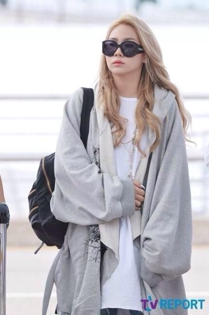 2NE1 CL off to New York