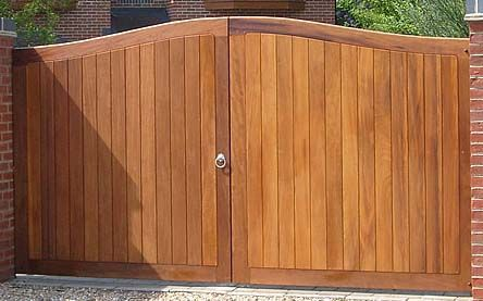 Wooden Gates, Driveway Gates, Estate Gates, Timber Gates All Made to Measure