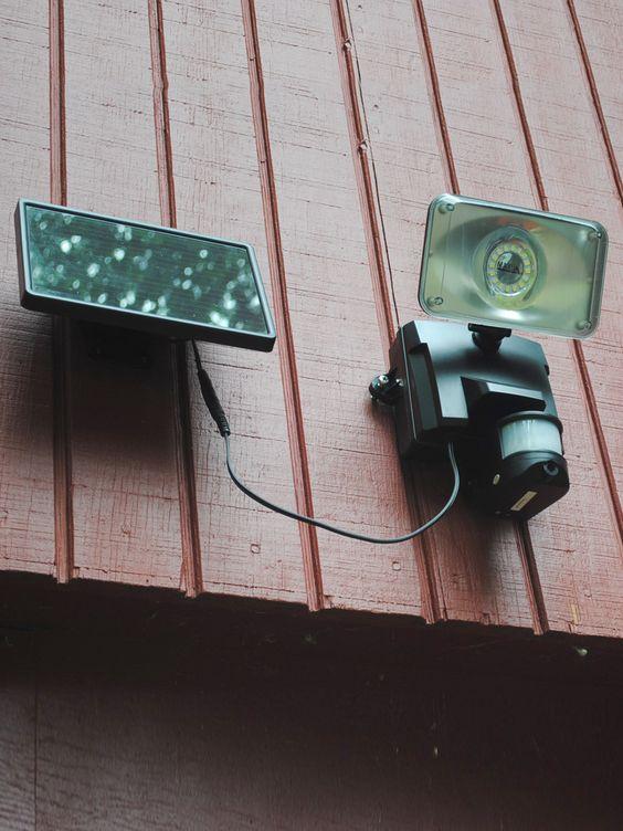 Motion Sensor Floodlight with Security Camera