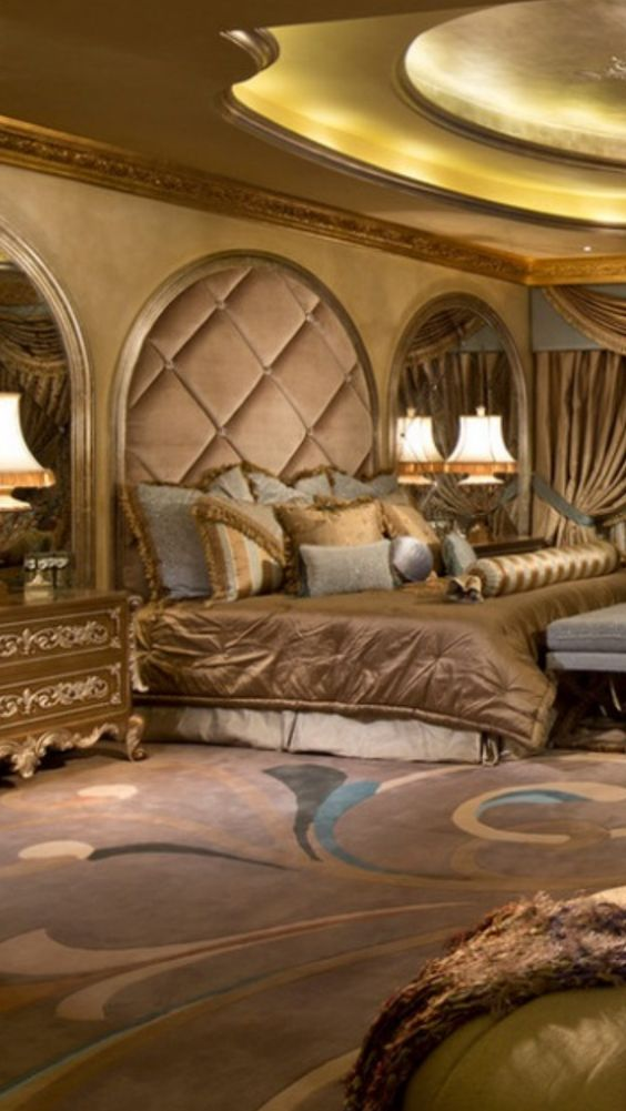 Luxury mansions master bedrooms and mansions on pinterest for Beautiful mansions interior bedrooms