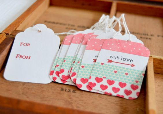 Etiquetas hechas con perforadora y decoradas con washi - Como decorar con washi tape ...