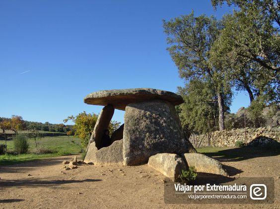 Turismo cultural en Extremadura. Dolmenes de Valencia de Alcántara
