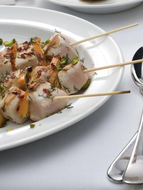 ELLE FOOD NL (recipe in Dutch): Pesce Spada.    zwaardvis spiesjes met bloedsinaasappel