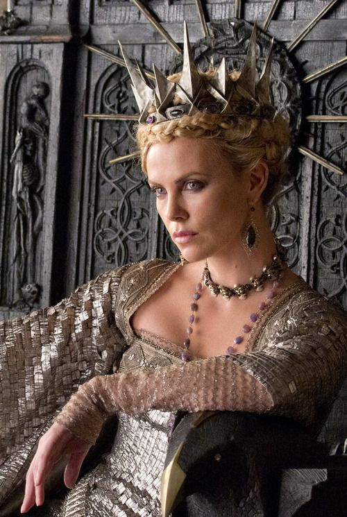 bohemea: Charlize Theron in Snow White and the Huntsman