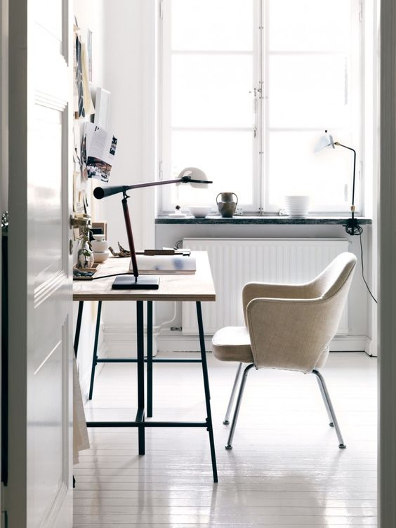 Perferct workspace in Asa Stenerhag's creative and eclectic Stockholm apartment, via http://www.scandinavianlovesong.com/