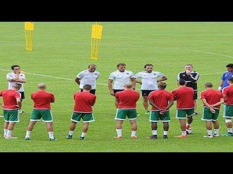 كاميروني يلتحق بمعسكر المنتخب الوطني المغربي With Images Soccer Field Youtube Soccer