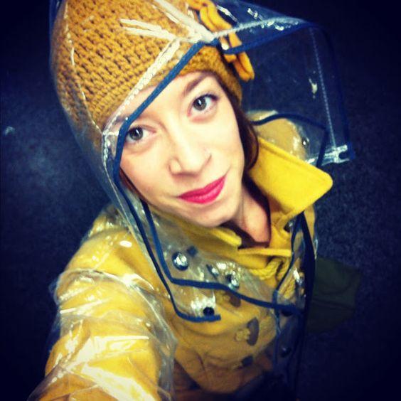 #klingmadrid raincoat at Doce para o meu Doce www.doceparaomeudoce.com #yellow #rain #comfy