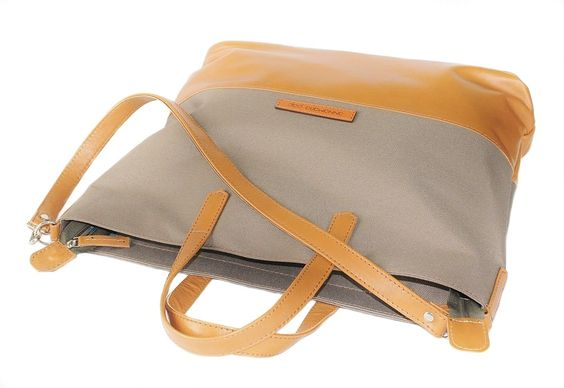 STAR Khaki handmade leather bag by Annamaria Pap Price: 71€ http://facebook.com/annamariapap