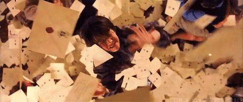 Lasst uns mit dem Offensichtlichen anfangen: Ein kleiner Teil von Dir hofft immer noch, dass Dein Hogwarts-Brief kommt.