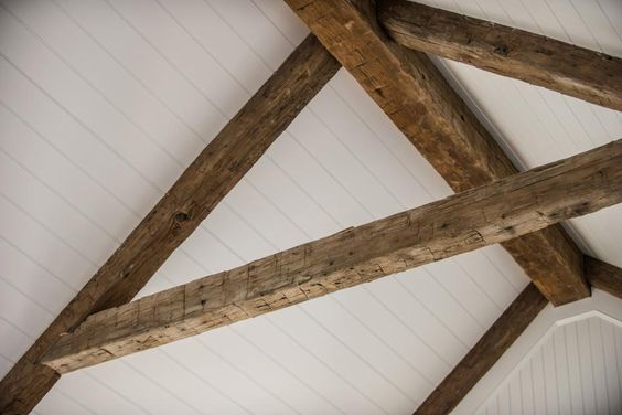 Antiques ceiling beams and cottages on pinterest for White ceiling with wood beams