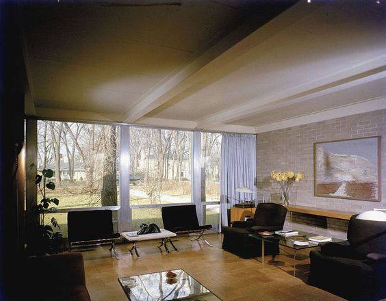 1956 In The Interior Of The Robert McCormick House In Elmhurst, Illinois,  Low Slung Furniture Doesnu0027t Distract From A Gorgeous View.