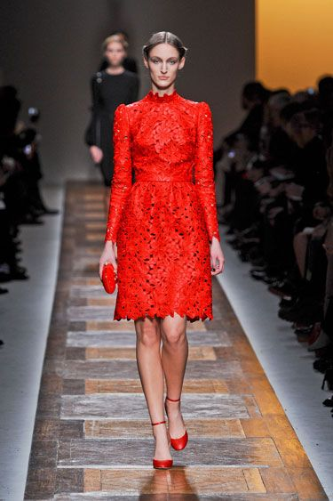 Valentino Fall 2012: Dream Dresses, Fashion Dresses, Fashion Week, 2012 Red, Fall 2012, Fall Valentino, Fall Fashion, Red Hot