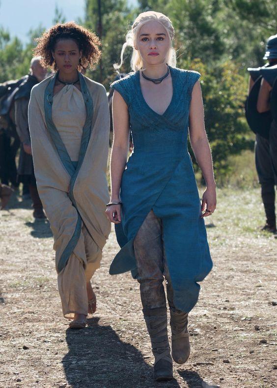 Daenerys robe bleue saison 3