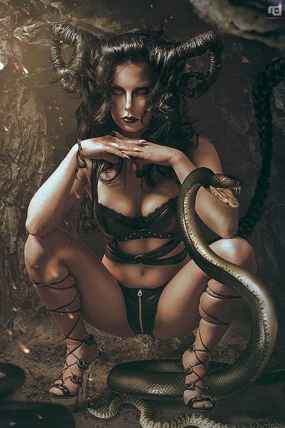theblacknurse: Oh she's a lil devil!: