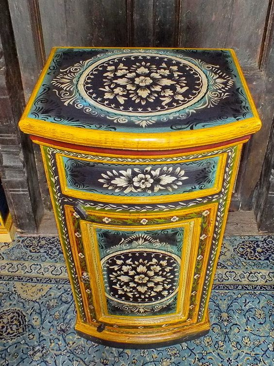 Meuble indien peint fond fonc floral jn4 sa29 meuble for Meuble indien