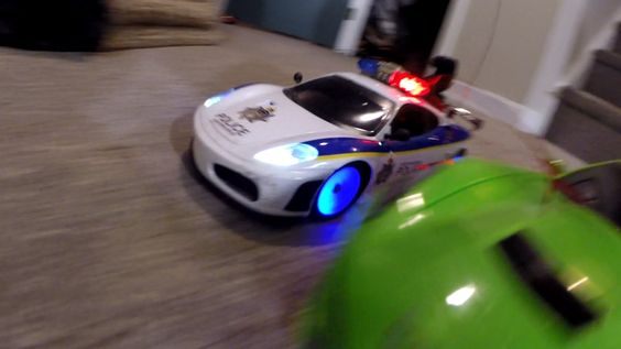 RC Police CAR CHASE Smash Up Toy Cars CRASH!