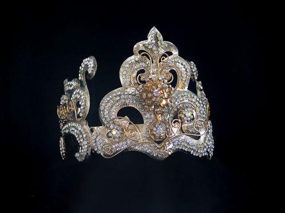 Exquisite VINTAGE BRIDAL CROWN/Magical Exotic Fairytale Crown/Shimmering Diamante Rhinestone/Indonesian Headdress/Bride/Model/Dancer/Wedding
