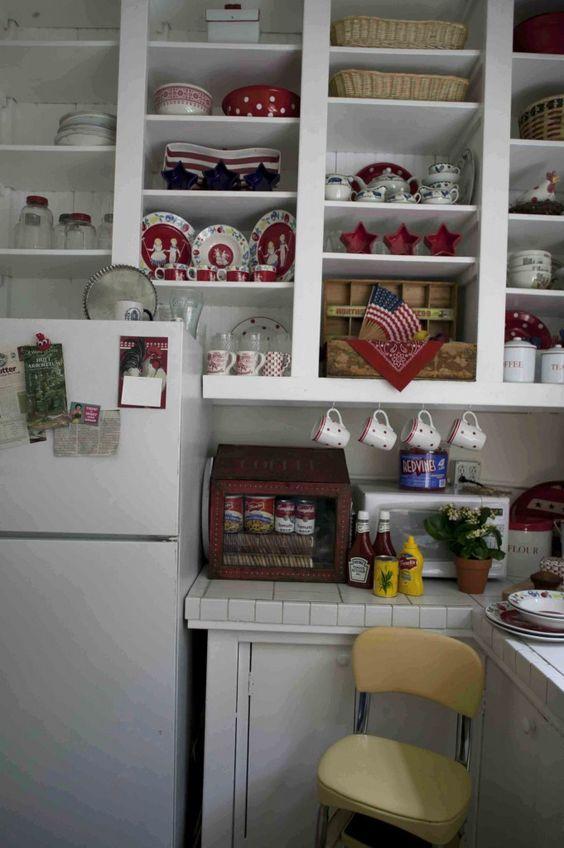 Romantic American Kitchen