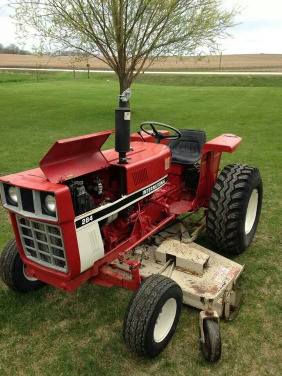 Ih Garden Tractors : International ih harvester pinterest