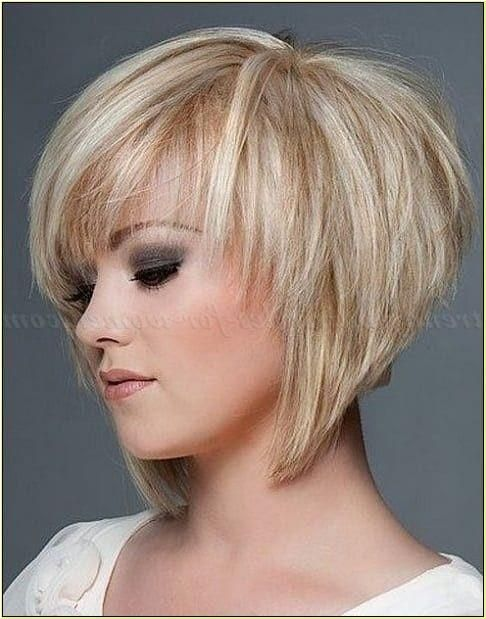 Aktuelle Frisuren Fur Feines Haar In 2020 Hair Styles Short Layered Bob Haircuts Wavy Bob Hairstyles