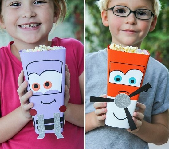 FREE--Disney Planes Family Movie Night: Popcorn Tub Craft Project #OwnDisneyPlanes #spon #cbias