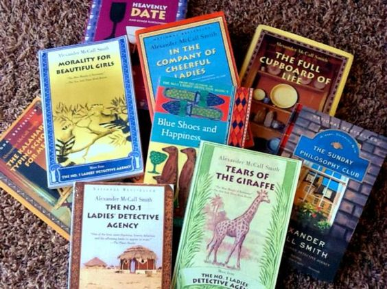 Alexander McCall Smith's Mma Ramotswe from Botswana: Books Worth Reading, Series, Gentle Reads, Books Wonderful, Authors Books, Smith, Mma, Detective