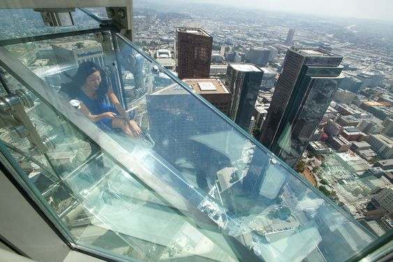 You don't see many observation decks in Los Angeles. Rooftop bars? Sure. Hikes with amazing views? Absolutely. But there's something about thehazy skies a
