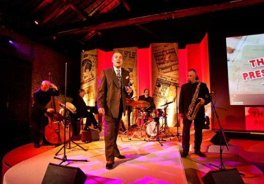 Tom - Rat Pack Tribute Performer | London| UK