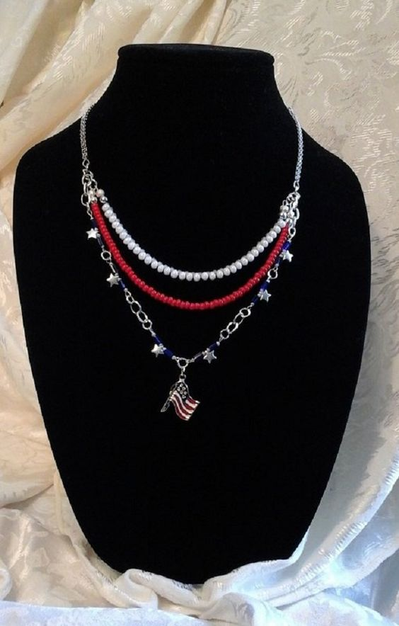 GRAND OL FLAG Red White & Blue 4th July Flag Pendant Triple Strand Necklace by BeadOriginalsbyJudi on Etsy